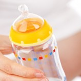 Infant Care: How Much To Feed A Newborn?